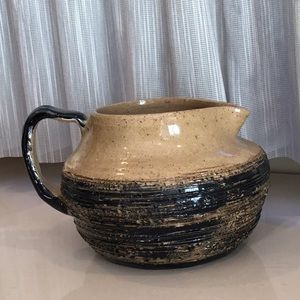 Hand made pottery Creamer/gravy boat/use for sauce
